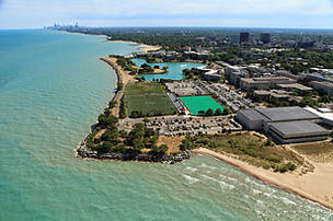 evanston_lakefront_with_chicago_in_the_background___city_of_evanston_.jpg
